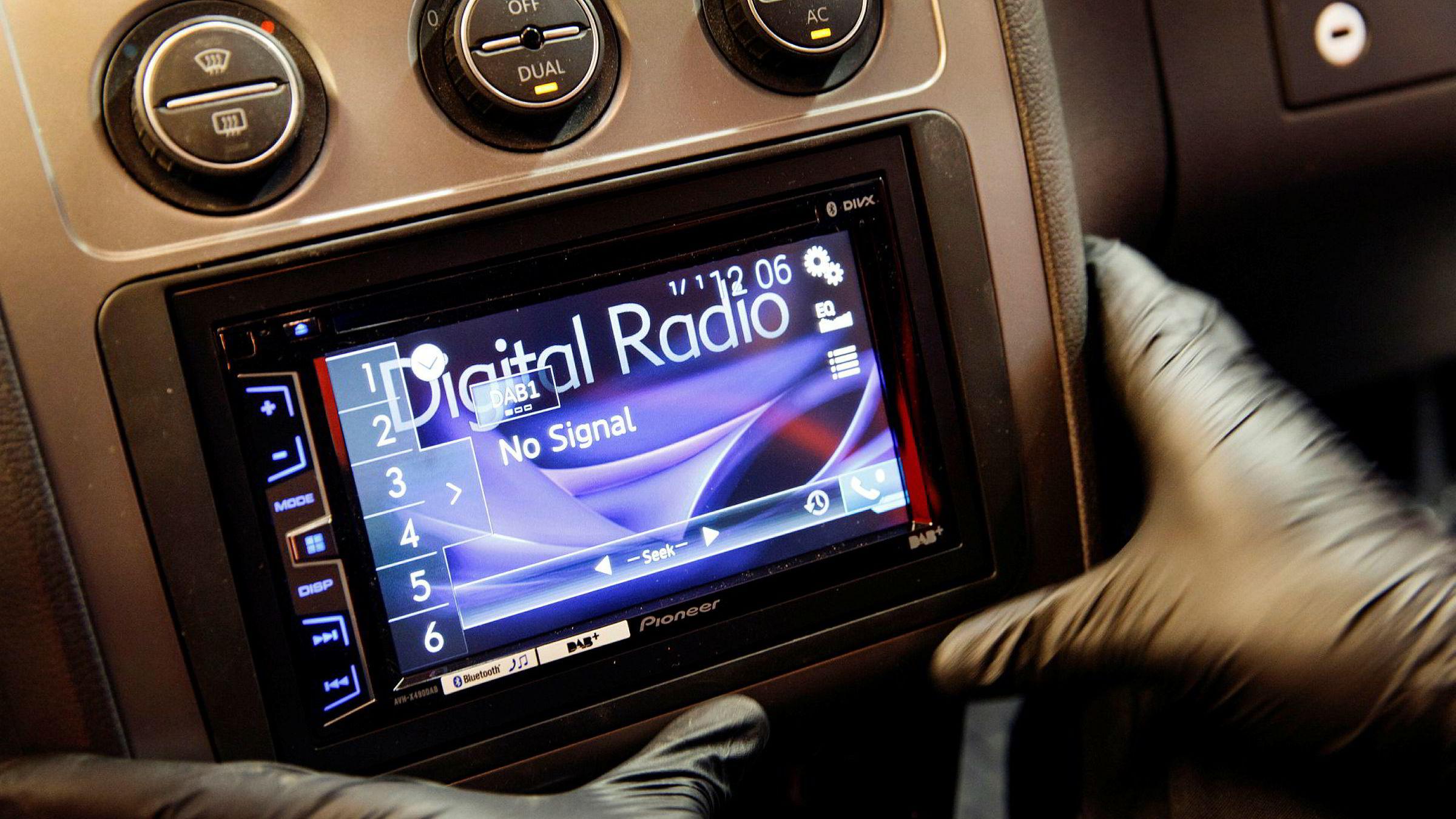 De store radiostasjonene har mistet mange lyttere etter overgangen til dab.