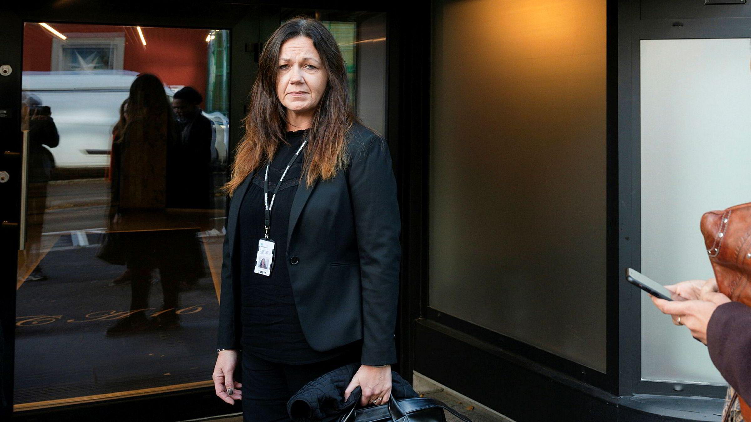 Onsdag møtte Arbeidstilsynet Espresso House på deres hovedkontor i Oslo. Trine Hammer sier en ny vurdering må tas fra tilsynets side, før de vet hva som skjer videre.