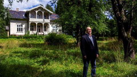 Eivind Godal-Hadeln (65) er i siste generasjon eiere av «Villa Fjellet». De siste årene har huset stått tomt, men før det har det nedslitte huset rommet forskjellige studentkollektiver.