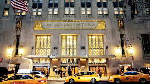 Det kinesiske forsikringsselskapet Anbag Insurance Group betalte 1,95 milliarder dollar for luksushotellet Waldorf Astoria i New York City i 2014 – en rekordsum for et hotell. Nå har hotellet stengt dørene i påvente av en totalrenovering.