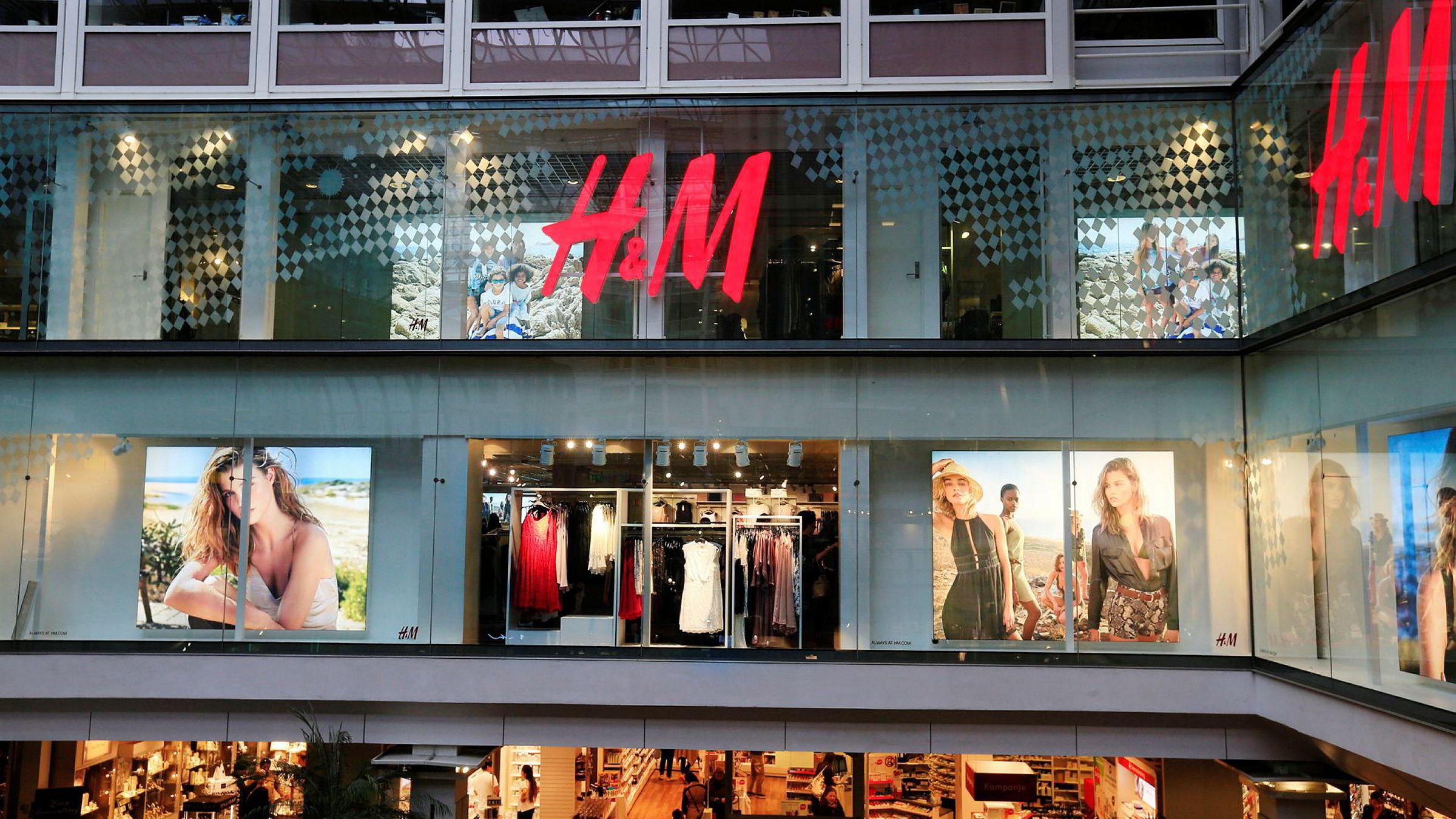 3f8606f5 Klesgiganten H&M og andre svenske klesprodusenter får kritikk for å brenne  opp klær.