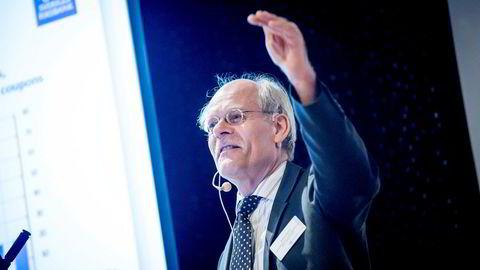 Økende gjeld i svenske husholdninger og et boligmarked som vakler, bekymrer Stefan Ingves, sentralbanksjef i Sveriges Riksbank. Onsdag morgen holder han et foredrag under Valutaseminaret på Voksenkollen utenfor Oslo.