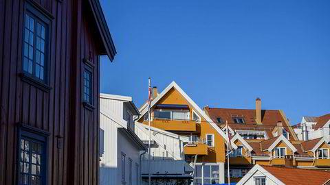 – Vi får en roligere utvikling i boligmarkedet fremover, mener boligforsker André Kallåk Anundsen ved Oslomet. (Arkivfoto av boliger i Drøbak.)