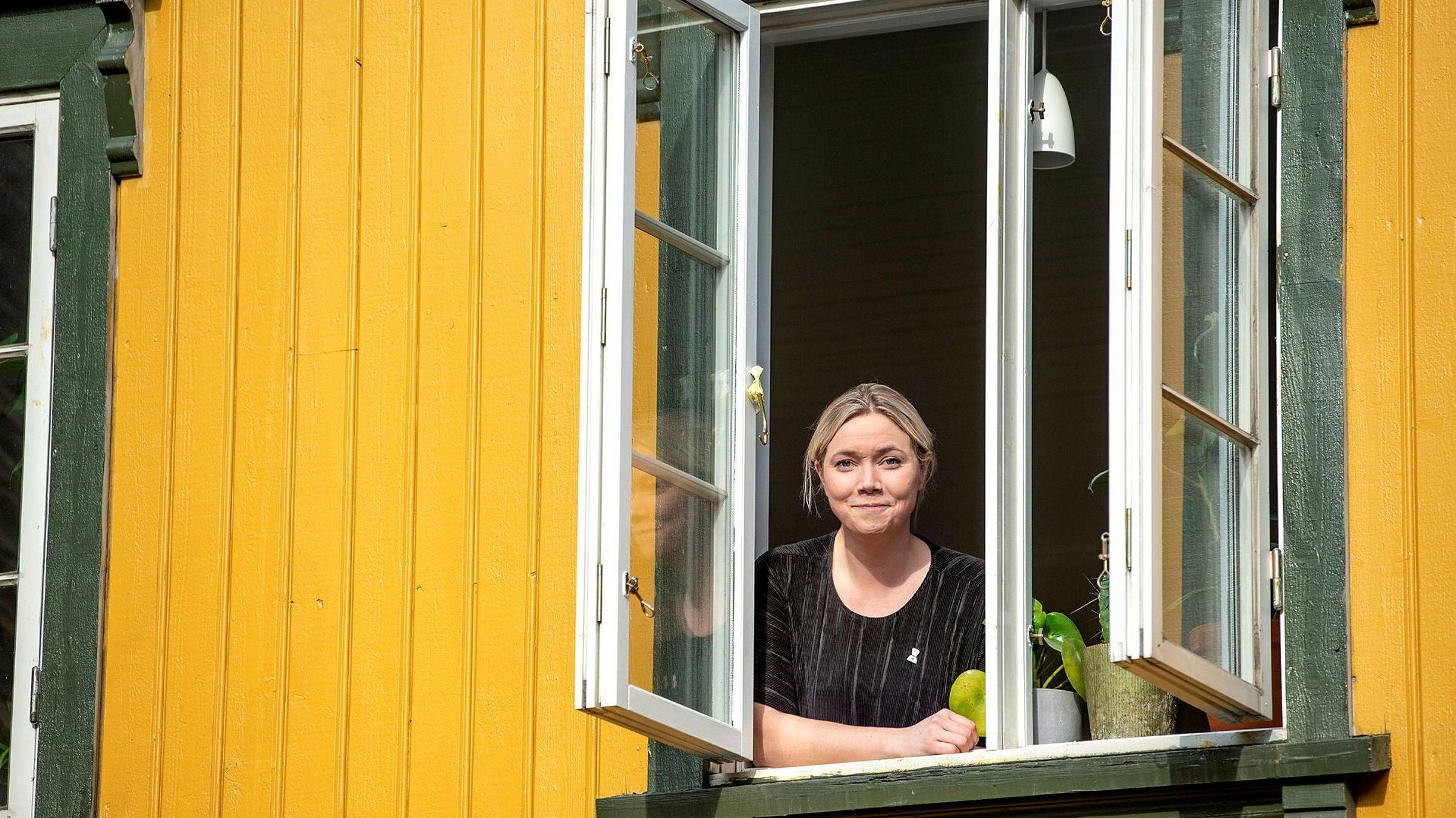 Gründer Karen Dolva har jobbet med isolasjon og ensomhet i årevis. I mars ble problemet mer akutt for mange.