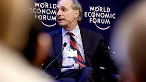 Hedgefondmilliardær Ray Dalio mener at amerikaneres evne til å respektere uenigheter vil ha større effekt på økonomien enn klassisk pengepolitikk.