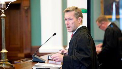 Advokat Amund Noss er prosessfullmektig for svindelofferet som fikk sin identitet og BankID misbrukt i forbindelse med en rekke låneopptak.