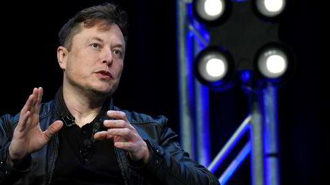 Tesla-grunnlegger Elon Musk truer med å flytte Tesla-fabrikken ut av California på grunn av de strenge restriksjonene for å bremse koronaviruset.