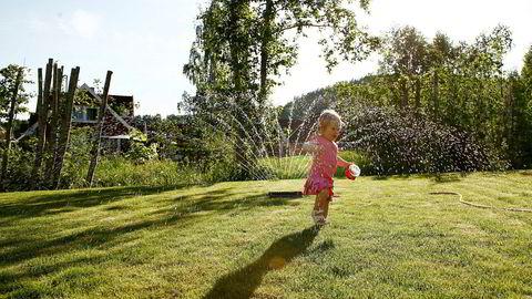 """Hagevanning og """"annen unødig vannbruk"""" er det Oslo kommune nå ber alle sine innbyggere om å redusere."""