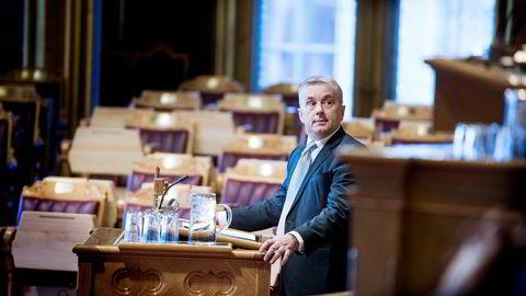 Knut Storberget mener det grønne skiftet tilsier at bøndene får mer penger.