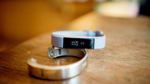 Det nye aktivitetsarmbåndet Fitbit Alta HR.