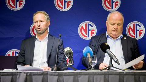 Fotballpresident Terje Svendsen (til høyre) utnevnte torsdag Pål Bjerketvedt (til venstre) som ny generalsekretær i Norges Fotballforbund etter Kjetil Siem.