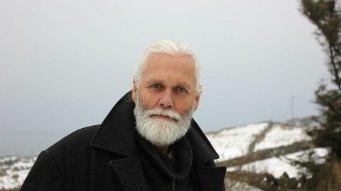 Svermerisk sakprosa. Arkitekt og frimerkesamler Bjørn Berge forteller om ulike forsvunne varianter av statsdannelse, i en bok å drømme seg bort i.