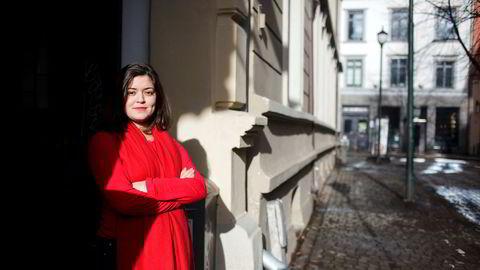 Tirsdag fikk Nancy Herz honnør fra Fritt Ord for sin personlige og modige innsats for å belyse sterk sosial kontroll av kvinner i minoritetsmiljøer.