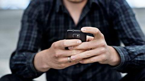 Å ringe kundeservice har noen steder kostet flere kroner per minutt, også for tiden man har sittet i kø, når man ringer spesialnumre.