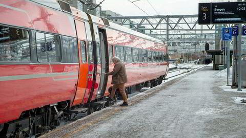 Toget fra Oslo til Bergen gikk få minutter etter at det ble klart at Vy fortsatt skal bringe passasjerer over fjellet.
