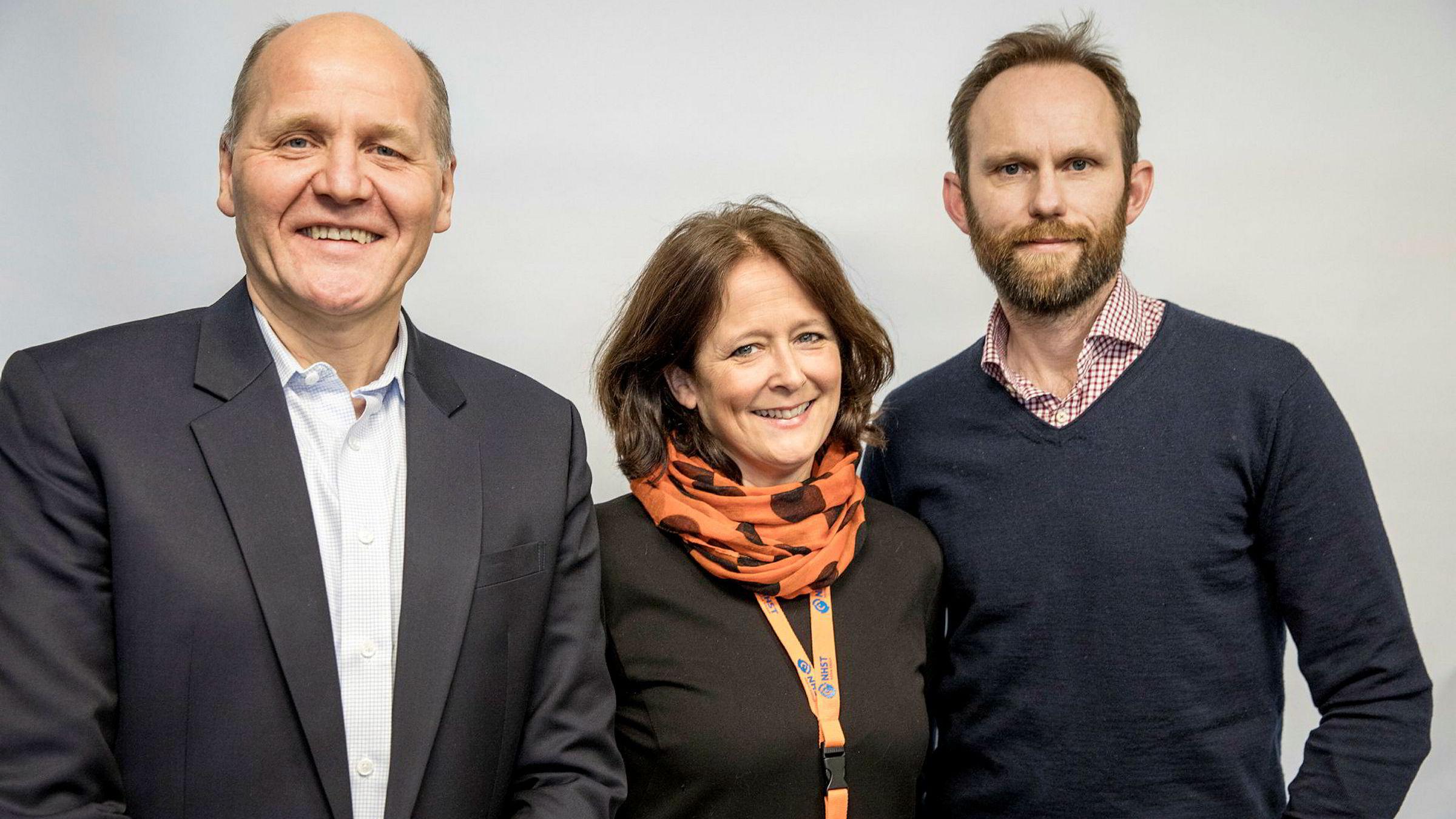 Telenor-sjef Sigve Brekke og DN-kommentatorene Eva Grinde og Bård Bjerkholt snakker om den digitale omstillingen Telenor står overfor i podkasten Finansredaksjonen.