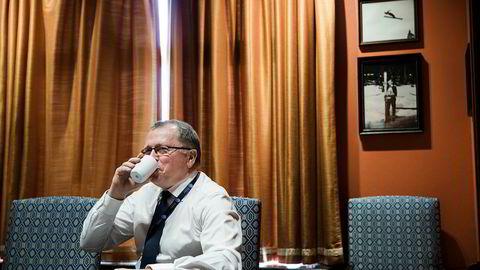 Statoil-sjef Eldar Sætre opplever stadige bokettersyn i Angola, og store krav i kjølvannet.