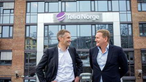 – En sammenslåing med Phonero gir oss en god plattform for å vokse enda mer i bedriftsmarkedet og virkelig utfordre Telenor, sier administrerende direktør Abraham Foss i Telia Norge (til venstre). Phoneros sjef Thore Bertelsen er enig.