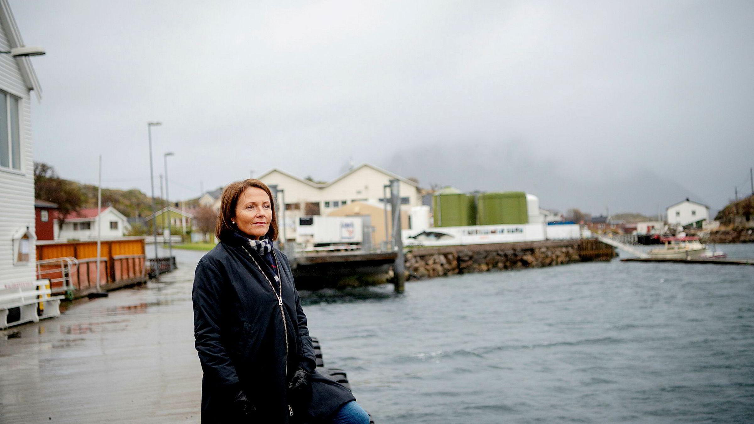 Daglig leder Line Ellingsen i Ellingsen Seafood stanget i byråkratiet da selskapet ville flytte en flåte 170 meter.