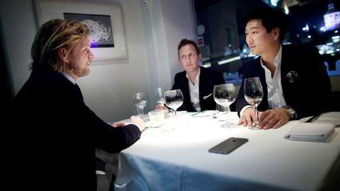 Petter Smedvig Hagland (til venstre) står bak eiendomsselskapet TPG. Nå har han bestemt seg for å satse på Viking. Her sammen med daglig leder Kjetil Andersen og Thomas Mjeldheim i TPG.