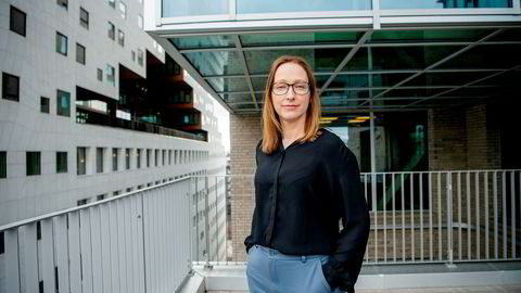 Sjeføkonom i DNB Markets, Kjersti Haugland venter fall i boligprisene for april.