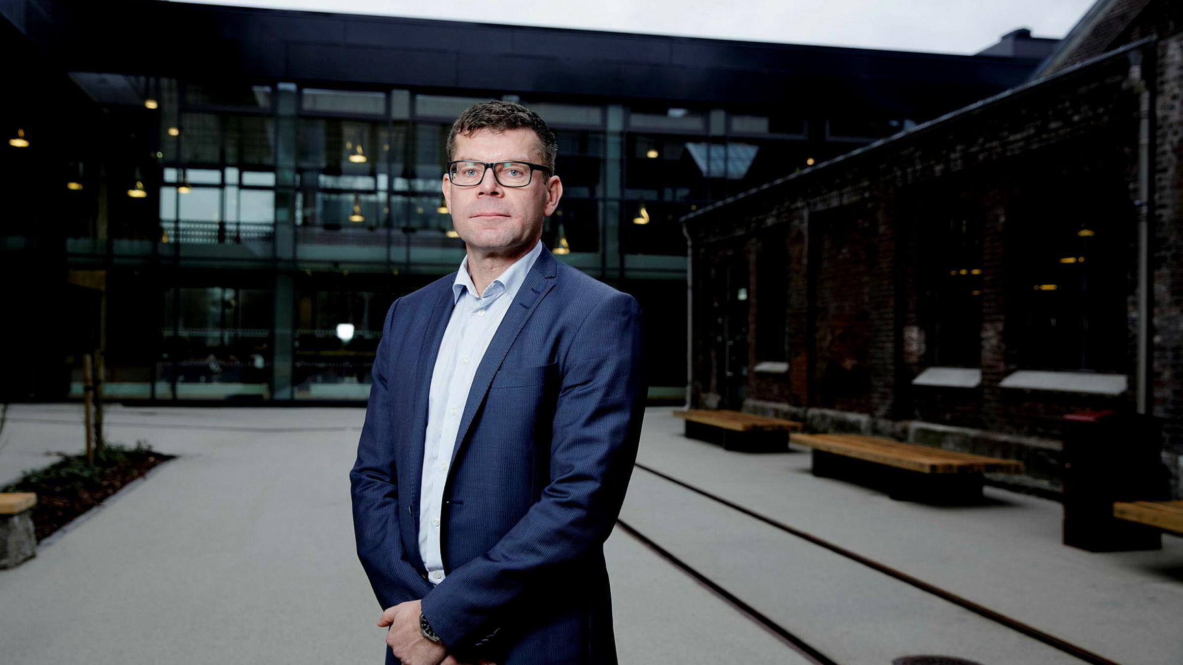 – Det denne saken skiller seg fra andre, er at det har vært mere kontakt mellom partene, sier avdelingsdirektør Gjermund Nese i Konkurransetilsynet og tilbakeviser kritikken.