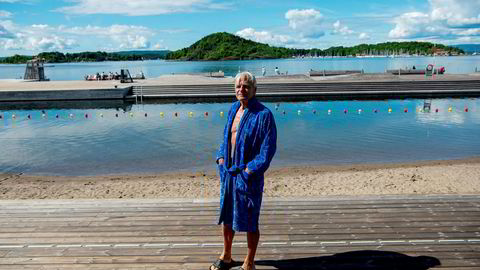 Sverre Jervell irriterer seg over naboer som prøver å gjøre det vanskeligere for badeglade gjester å oppholde seg på Sørenga. – Det kjøres en eksklusiv politikk i området, sier Jervell.
