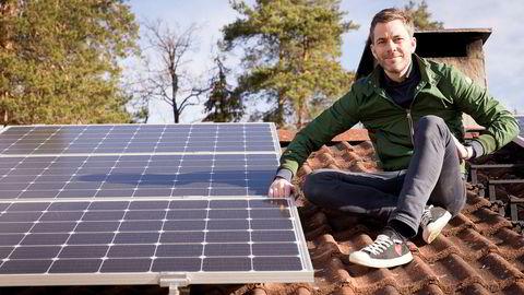 Andreas Thorsheim er en av gründerne bak Otovo, som installerer solceller på folks tak mot månedlige betalinger.– Jeg elsker solcellene mine og sjekker på telefonen hvor mye energi jeg har laget hver dag.