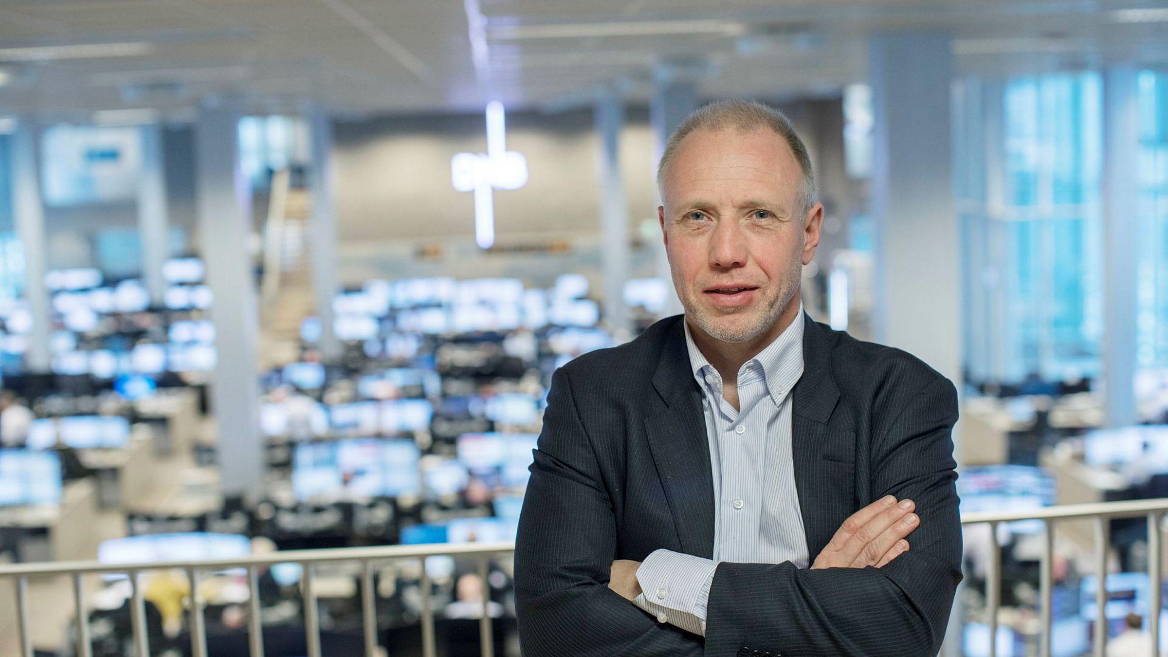 – Det har egentlig vært forbausende stille forbausende lenge. Vi har gått og lurt på hvor lenge dette kan vare, sier aksjestrateg Kristian Tunaal i DNB Markets om uroen i markedet.