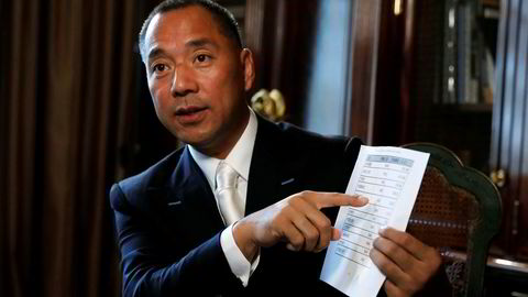 Den kinesiske milliardæren Guo Wengui påstår han sitter på dokumentasjon som avslører korrupsjon helt til topps i den kinesiske kommunistledelsen og etterretningsorganisasjonene. Det skal eksistere tette bånd til noen av landets største privateeide selskaper.