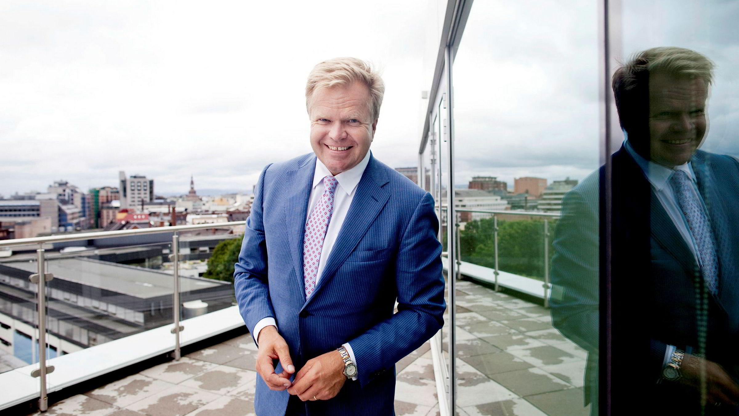 Konsernsjef Gunnar Bjørkavåg i NHST har nedbemannet og funnet inntekter i pr-tjenester. Nå går konsernet i null.
