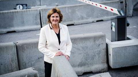 Ingrid Dahl Hovland i Nye Veier fikk inn nok selskaper til å skape stor nok konkurranse om bygging av selskapets største veibygging så langt ved å utsette anbudet.
