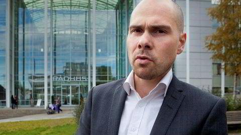 Anders Opdahl har jobbet 20 år som journalist og redaksjonell leder.