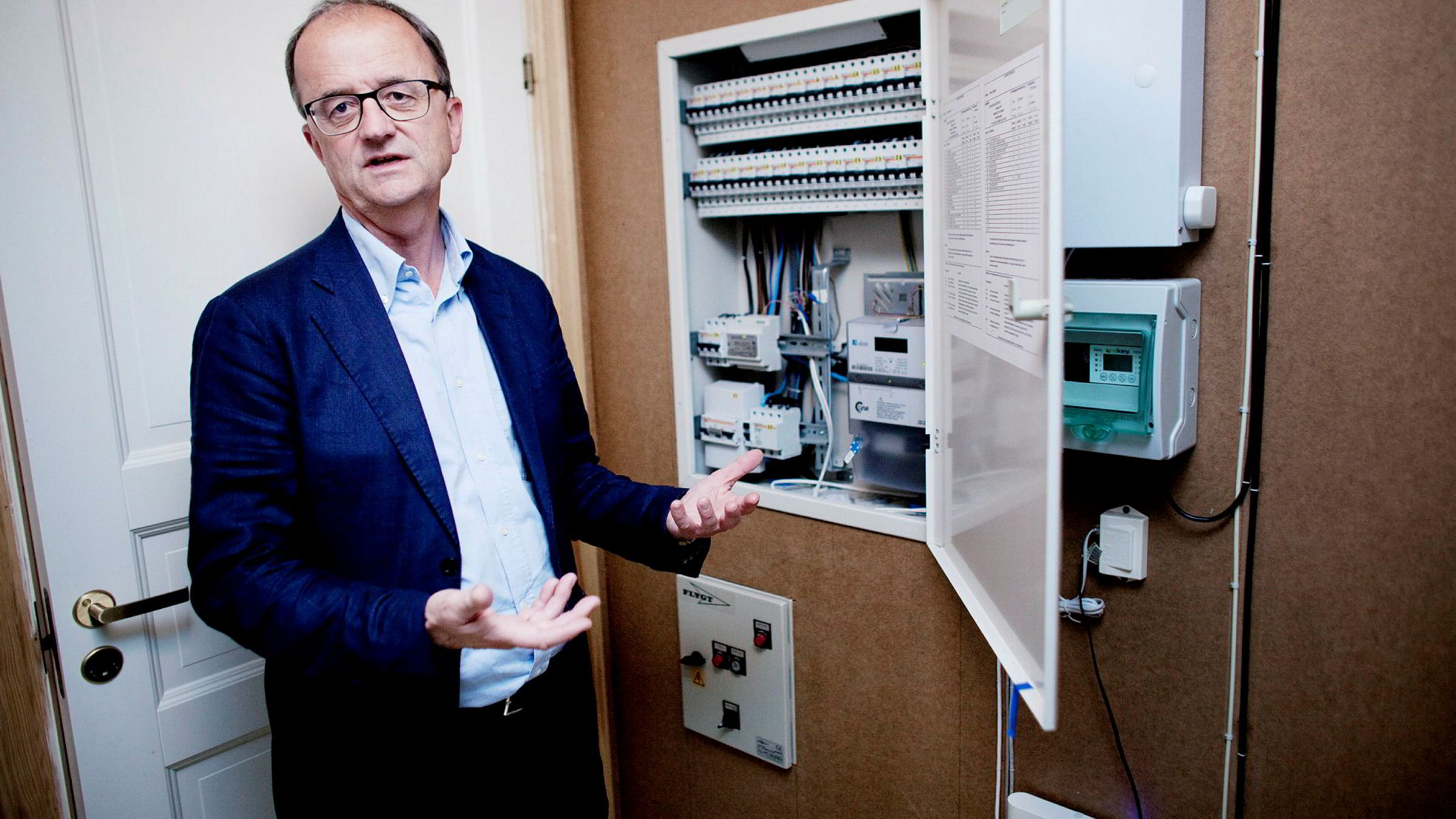Konsernsjef Eimund Nygaard i energiselskapet Lyse har tapt store summer på satsingen på smartehjemteknologi.
