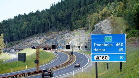 – Bygging av motorveier i Norge står seg godt i sammenligning med prosjekter i Sverige og Danmark. Der forutsetningene er like, er kostnadene om lag de samme, sier veidirektør Terje Moe Gustavsen i Statens vegvesen.