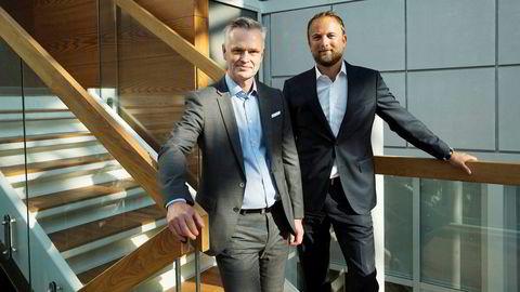Jonas Ström (til venstre) er administrerende direktør og leder meglerhuset ABG Sundal Collier. Til høyre er finansdirektør Geir B. Olsen.