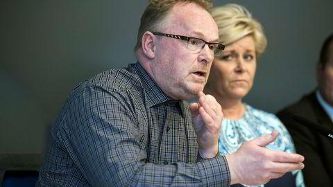 Siv Jensen og Per Sandberg holder pressekonferanse før Fremskrittspartiets landsmøte.