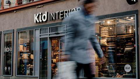 Sterk dollar svir. Men kostnaden går ikke rett videre til økte forbrukerpriser, forsikrer Kid Interiør. Her er en av Kid Interiørs butikker, i Torggata i Oslo.