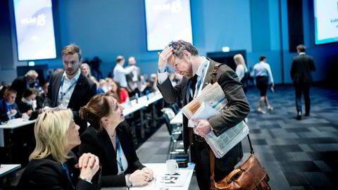Lederi KS Gunn Marit Helgesen i prat med næringsminister Torbjørn Røe Isaksen på Høyres Landsmøte.