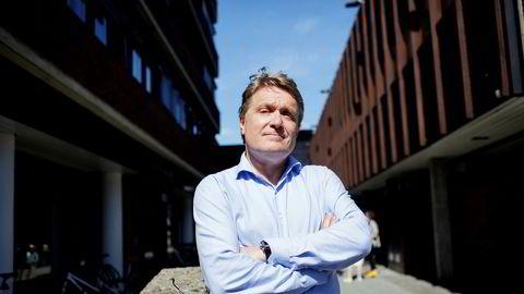 Datatilsynet ville gi Universitetet i Oslo et gebyr på 350.000 kroner, men kunne ikke på grunn av lovverket. Johannes Falk Paulsen jobbet med saken for universitetet. Han er underdirektør ved enheten for lederstøtte.
