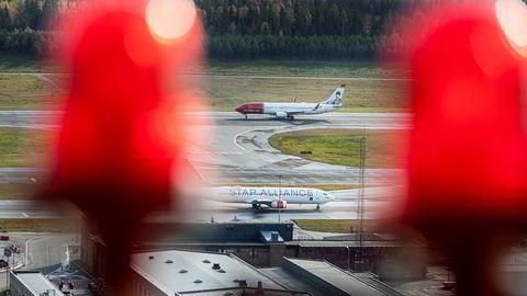 Norwegian har mistet den største kundeavtalen i Norge til SAS. Førstnevnte mener den nye avtalen ville gitt et tap. Her fra Oslo lufthavn.