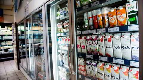 Både Q-meieriene og Synnøve Finden har behov for identiske rammevilkår som samvirket Tine. Det er en iboende skjevhet i markedet: Tines overskudd betales for eksempel til eierne, som også leverer melk, mens Q både må betale utbytte til eiere og matche melkeprisen til leverandører.