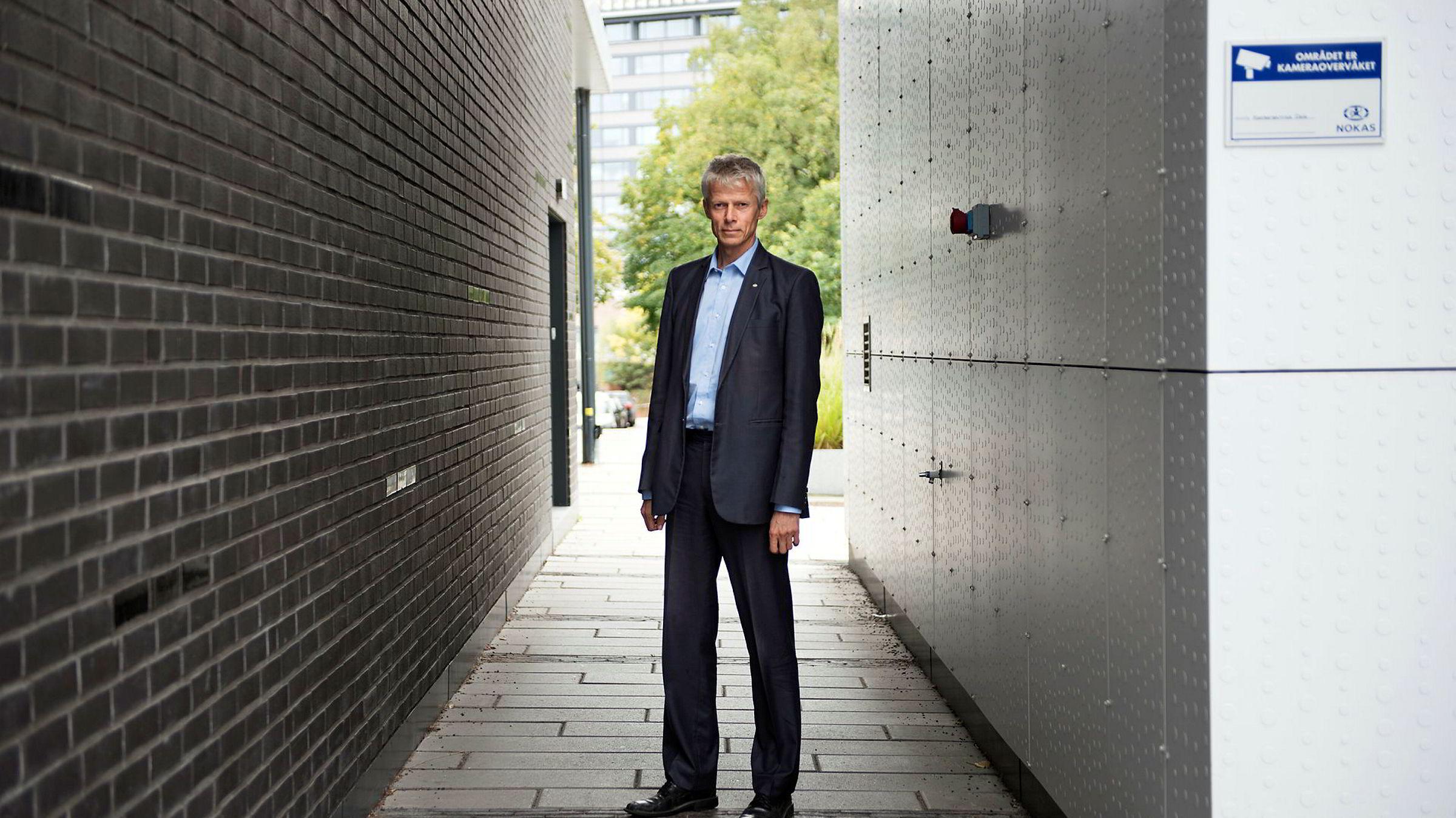 Skattedirektør Hans Christian Holte er kritisk til evnen store politidistrikt som Oslo har til å bekjempe alvorlig skattekriminalitet. Derfor mener han Økokrim må bestå som selvstendig særorgan.