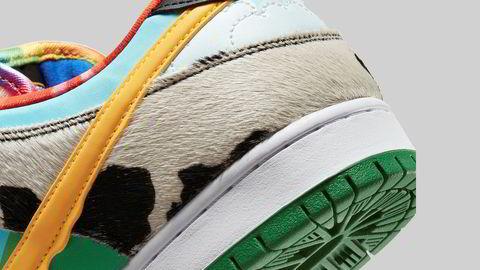 Detaljer. De fleste skateboardsko lages med semsket skinn. I utformingen av Ben & Jerry's-skoen «Chunky Dunky» gikk designerne for et materiale som minner mer om dyret det er hentet fra – kua.