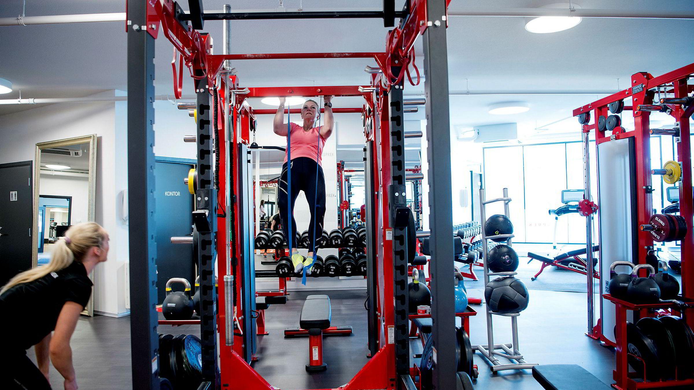Nest etter raske gåturer er styrketrening nå den mest utbredte treningsaktiviteten, ifølge SSBs levekårsundersøkelse. Foto: Mikaela Berg