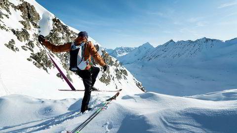 Vegard Rye krysset denne våren Lyngen på ski, til fots og i våtdrakt alene fra sør til nord. Han er ikke alene om å gjøre rekordforsøk i norske fjell for tiden.