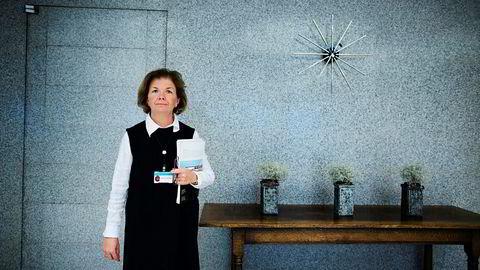 Direktør for avdeling for markedstilsyn Anne Merethe Bellamy i Finanstilsynet er overrasket over at verdipapirselskapene ikke følger regler for returprovisjon.