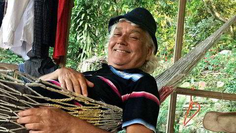 Paradiset. Brim Hilt i sitt hjem i Minca, langt nord i Colombia. «Han var typen som kunne trives like godt på Hilton som i en hengekøye», bemerker en av vennene hans.