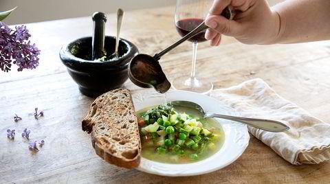 Hverdagsmåltid. Soupe au pistou er det ultimate hverdags-måltidet, foranderlig etter sesong og forholdsvis ukomplisert å tilberede.