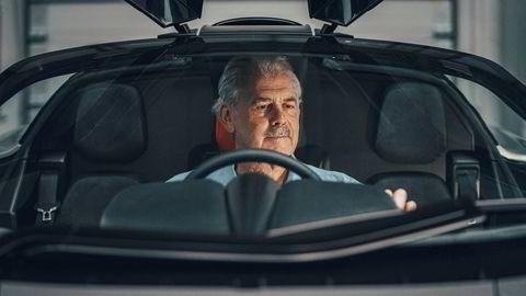 74 år gamle Gordon Murray har med GMA T50 skapt det han kaller den siste store analoge superbilen.